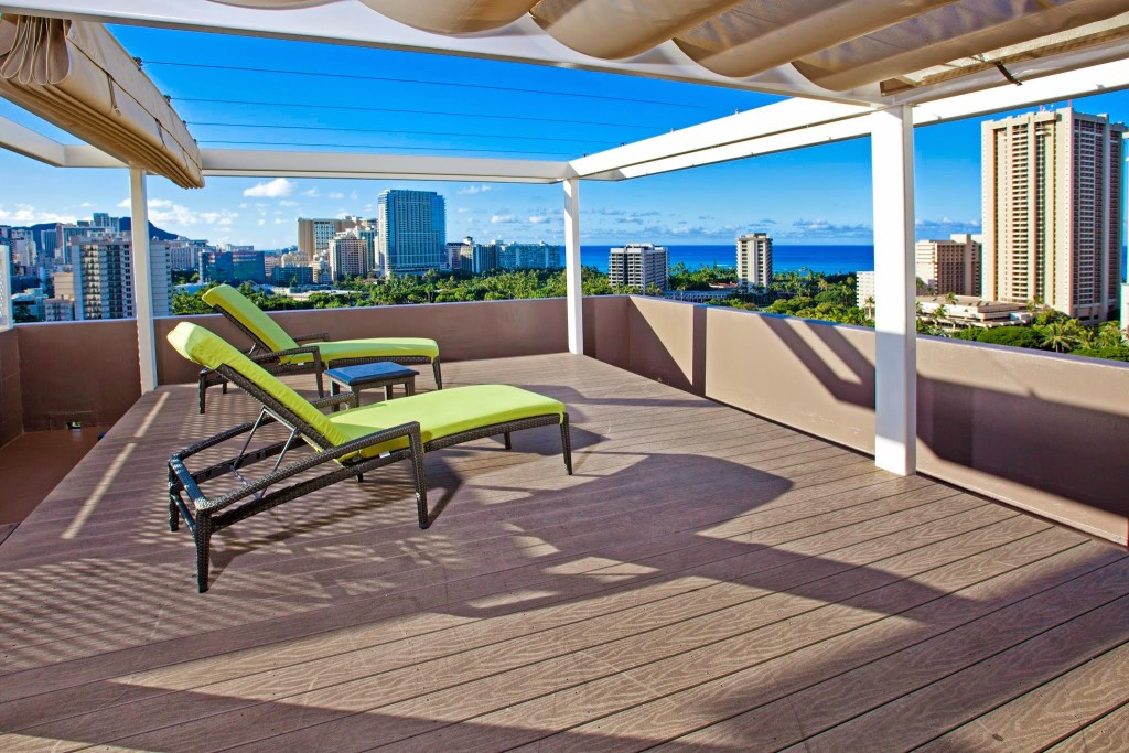 Doubletree Waikiki Penthouse Suite Deck