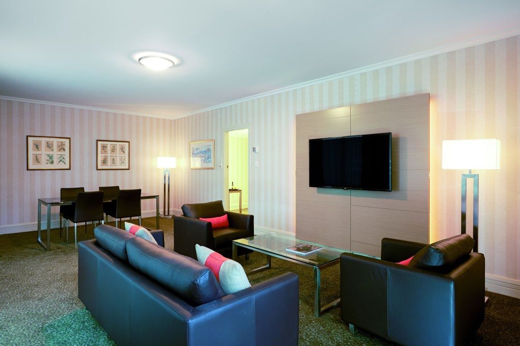 Parmelia Hilton King Suite Perth Hotel